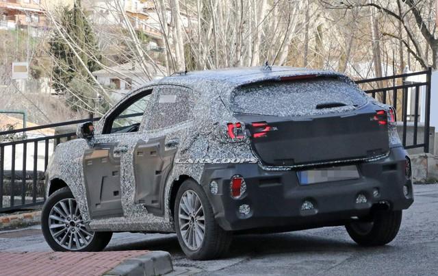 Mẫu xe thay thế Ford EcoSport thiết kế hao hao Porsche Macan xuất hiện trên phố - Lời đáp trả tới Hyundai Kona - Ảnh 2.