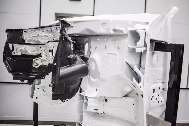 Bật mí cách Ford biến Explorer 2020 thành rạp phim 4 bánh - Ảnh 4.