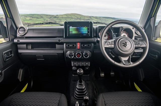 Đánh giá Suzuki Jimny 2019 - 'Mẹc G' bình dân nhiều người Việt đợi mong - Ảnh 3.