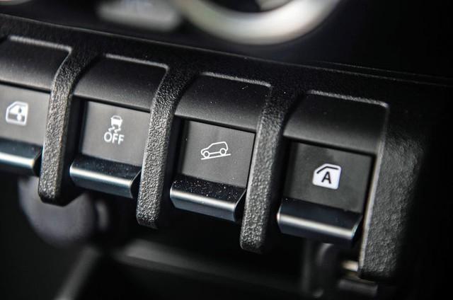 Đánh giá Suzuki Jimny 2019 - 'Mẹc G' bình dân nhiều người Việt đợi mong - Ảnh 7.