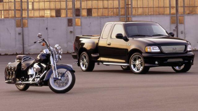 Nhìn lại giai đoạn Ford và Harley-Davidson còn mặn nồng với phiên bản F-150 kết hợp chính thức   - Ảnh 3.