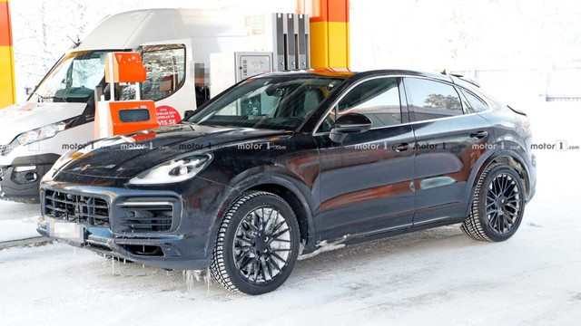 Porsche Cayenne Coupe đối đầu BMW X6 đã âm thầm tiến sát ngày lộ mặt - Ảnh 1.