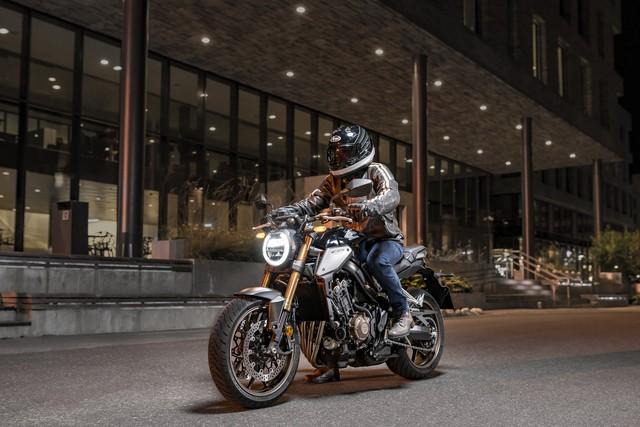 Honda CB650R mở bán tại Việt Nam, giá chính hãng 246 triệu đồng   - Ảnh 1.