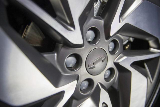 Xe sang giá phổ thông Trung Quốc mang chất Volvo lộ diện khiến nhiều người trầm trồ về độ sang xịn - Ảnh 3.