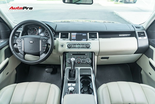 Range Rover Sport 2010 rao bán chỉ hơn 1 tỷ đồng, rẻ như Mazda CX-5 - Ảnh 3.