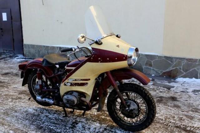 Đây chính là chiếc xít-đờ-ca mà cảnh sát Liên Xô dùng cách đây 50 năm với tốc độ trên 120 km/h - Ảnh 5.