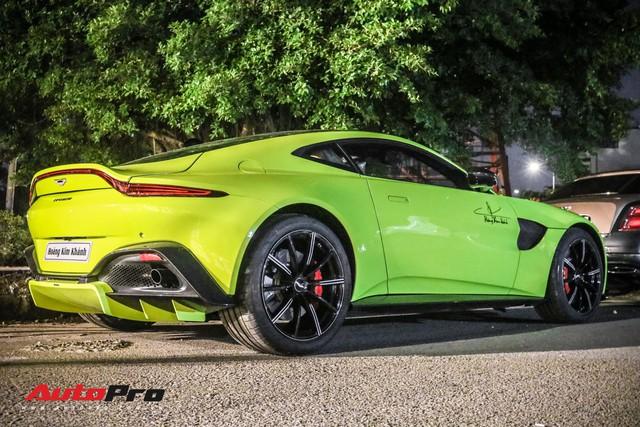 Đại gia Hoàng Kim Khánh chi hàng trăm triệu độ Aston Martin V8 Vantage trước tin đồn sắm thêm siêu phẩm McLaren Senna - Ảnh 5.