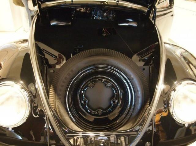 Volkswagen Beetle lâu đời nhất thế giới bị thiêu rụi hoàn toàn nhưng được phục chế đẹp như mới - Ảnh 7.
