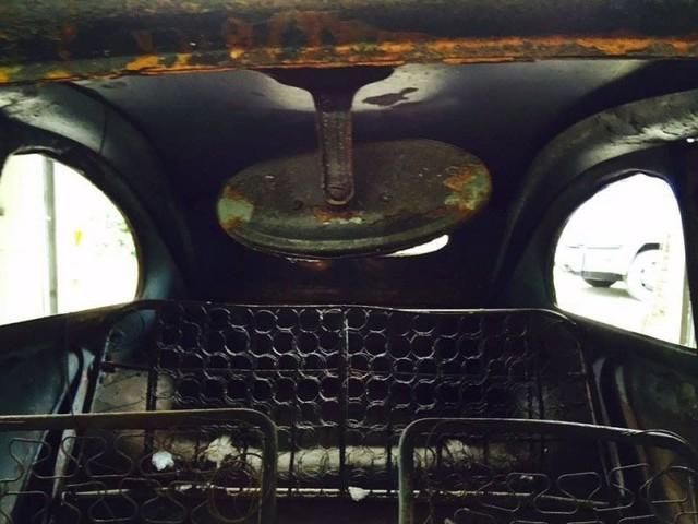 Volkswagen Beetle lâu đời nhất thế giới bị thiêu rụi hoàn toàn nhưng được phục chế đẹp như mới - Ảnh 6.
