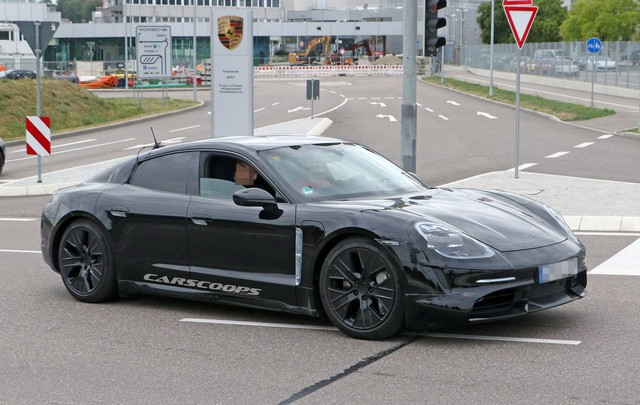 Porsche Taycan lộ diện dáng vẻ sexy qua ảnh phác thảo mới - Ảnh 1.