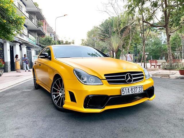 14 năm tuổi, xe dân chơi Mercedes-Benz CLS bán lại rẻ hơn Hyundai Accent cả chục triệu đồng - Ảnh 1.