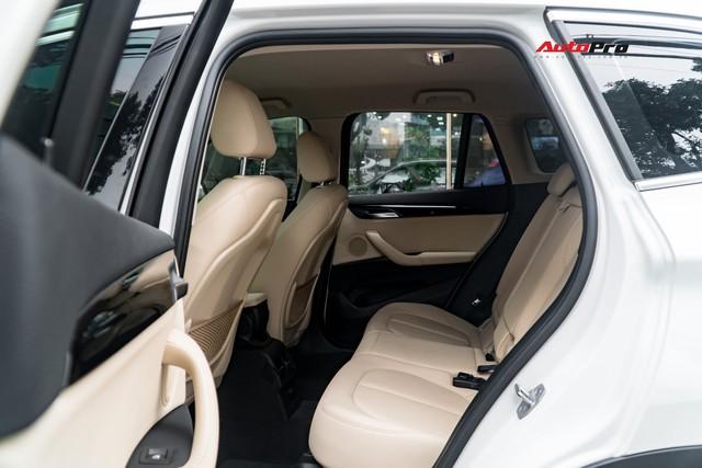 Chiếc SUV giá gần 1,8 tỷ này của BMW là hàng hiếm trên thị trường xe cũ - Ảnh 14.
