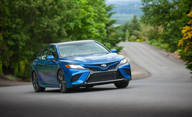 Đánh giá Toyota Camry 2019 sắp bán tại Việt Nam - Lý do đợi chờ hơn 10 năm là đây - Ảnh 10.