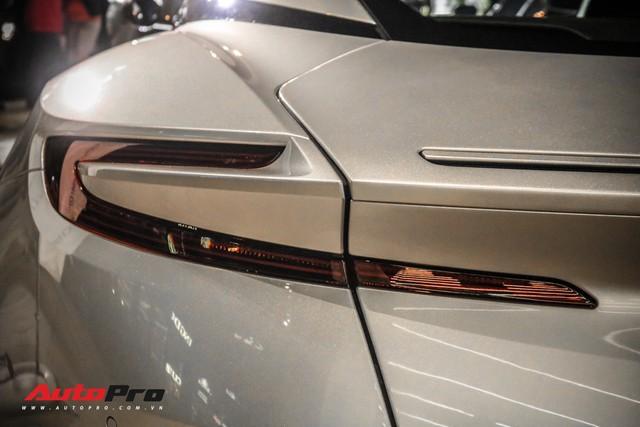 Cận cảnh Aston Martin DB11 V8 của đại gia Vũng Tàu, sở hữu tùy chọn có giá 200 triệu đồng - Ảnh 9.