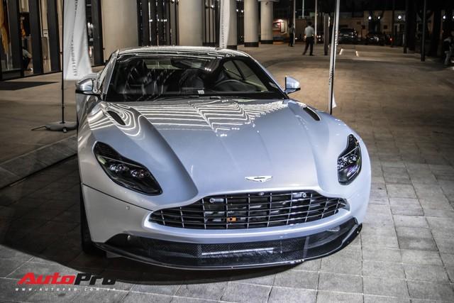 Cận cảnh Aston Martin DB11 V8 của đại gia Vũng Tàu, sở hữu tùy chọn có giá 200 triệu đồng - Ảnh 2.