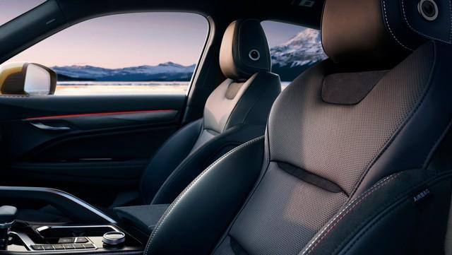 Lộ diện SUV Trung Quốc đòi đấu Mercedes GLC: Nhìn qua tưởng BMW X4 - Ảnh 7.