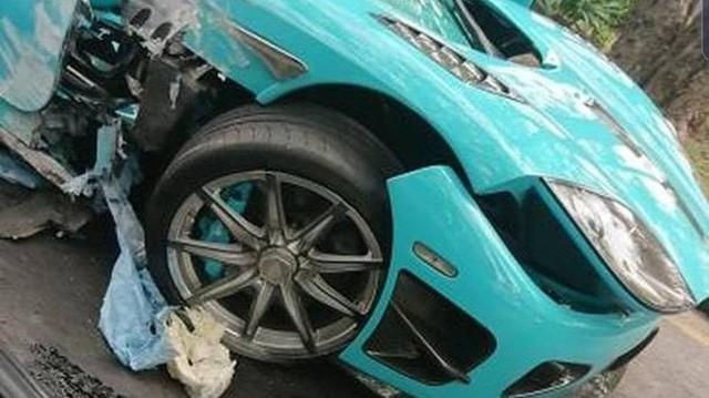 """Koenigsegg CCXR """"Special One"""" từng của hoàng thân Qatar nát bươm sau tai nạn"""