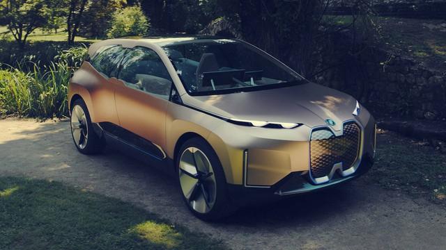 Đây là cách BMW hành xác mẫu xe khởi đầu kỷ nguyên mới  - Ảnh 2.