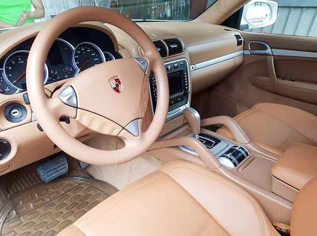 Sau 10 năm tuổi, Porsche Cayenne bán lại rẻ hơn Nissan Terra cả trăm triệu đồng - Ảnh 4.