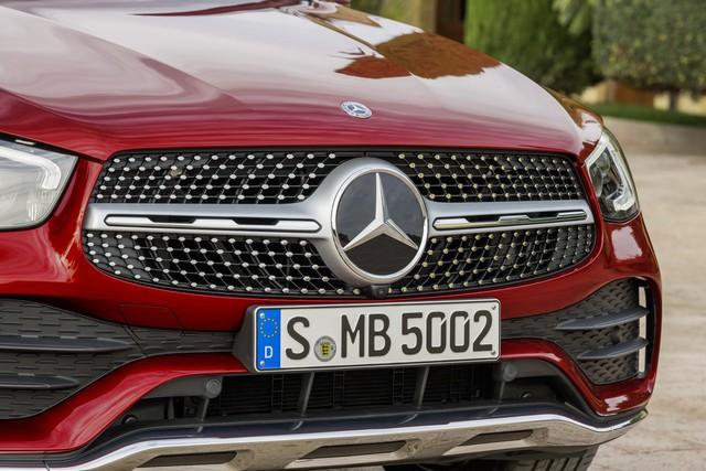Ra mắt Mercedes-Benz GLC Coupe 2020 - Đối trọng của BMW X4 sắp bán tại Việt Nam - Ảnh 2.
