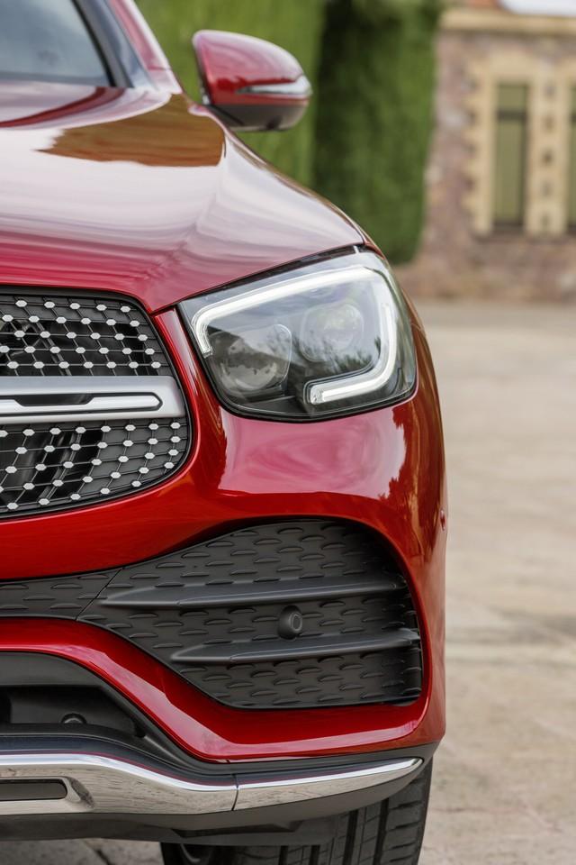 Ra mắt Mercedes-Benz GLC Coupe 2020 - Đối trọng của BMW X4 sắp bán tại Việt Nam - Ảnh 3.