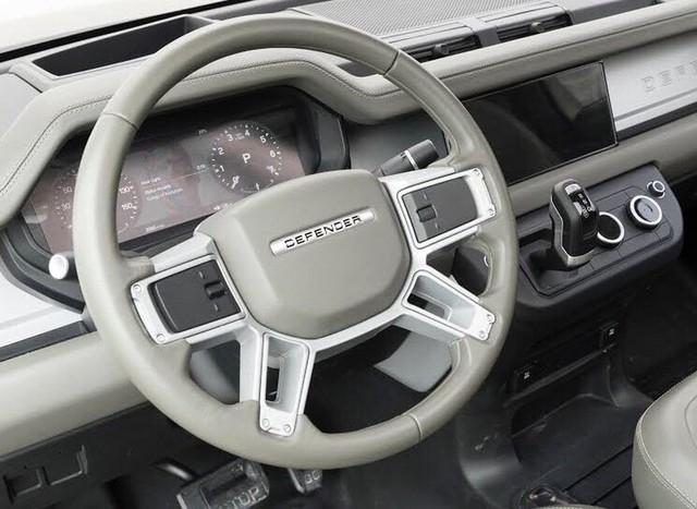 Land Rover Defender bản 2 cửa lộ diện: Anh trai của Suzuki Jimny? - Ảnh 5.