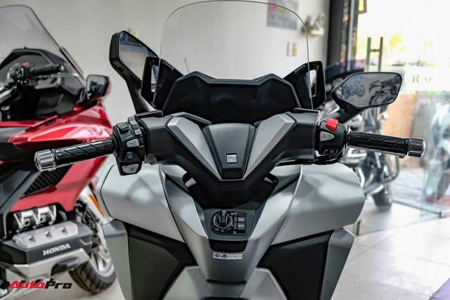 Lô hàng Honda Forza 300 nhập Ý đầu tiên về Việt Nam giá 360 triệu đồng, đã có 9 người đặt mua - Ảnh 6.