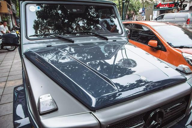 Mercedes-AMG G55 sở hữu hai màu sơn lạ mắt của đại gia buôn đồ xa xỉ tại Hà Nội - Ảnh 4.