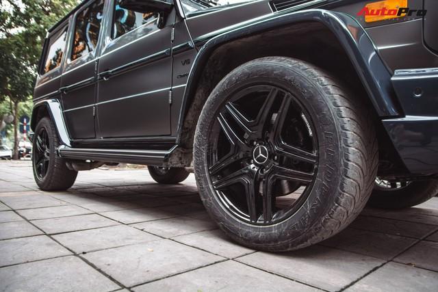 Mercedes-AMG G55 sở hữu hai màu sơn lạ mắt của đại gia buôn đồ xa xỉ tại Hà Nội - Ảnh 9.