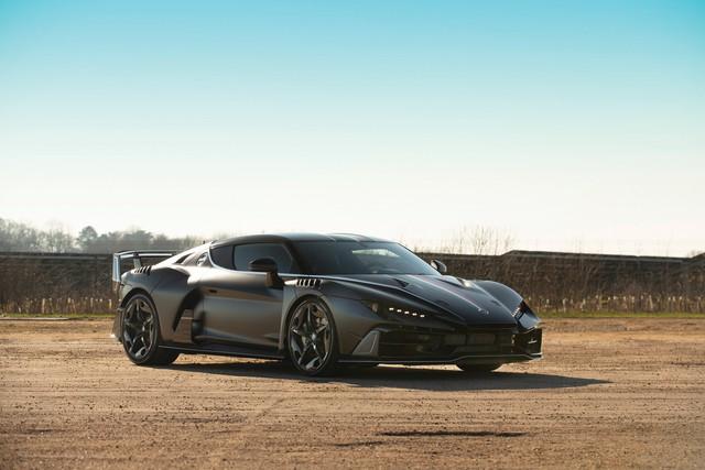 Xe siêu hiếm của hãng thiết kế xe cho VinFast được rao bán với giá 1,7 triệu USD - Ảnh 2.