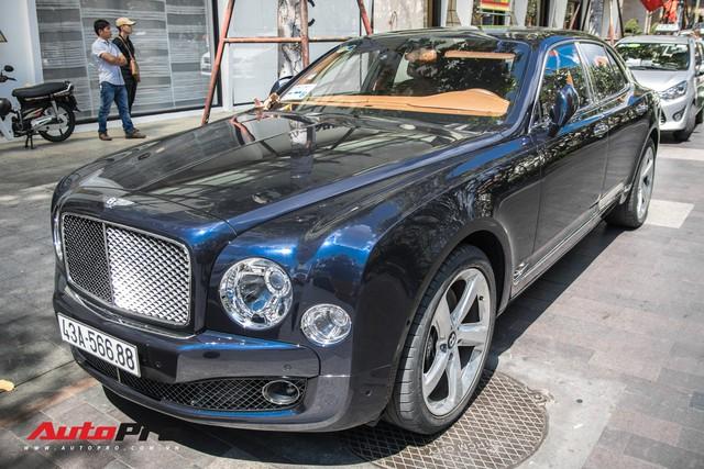 Đại gia Đà Nẵng đeo biển Lộc Phát cho hàng hiếm Bentley Mulsanne Speed - Ảnh 2.
