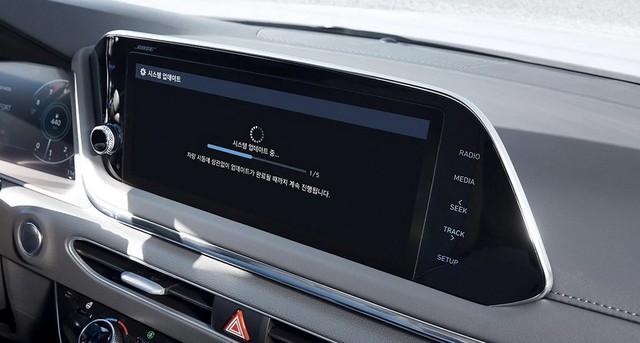 Người dùng trên tay nhanh Hyundai Sonata 2020 vừa ra mắt - Đối thủ tầm cỡ của Toyota Camry thế hệ mới - Ảnh 20.