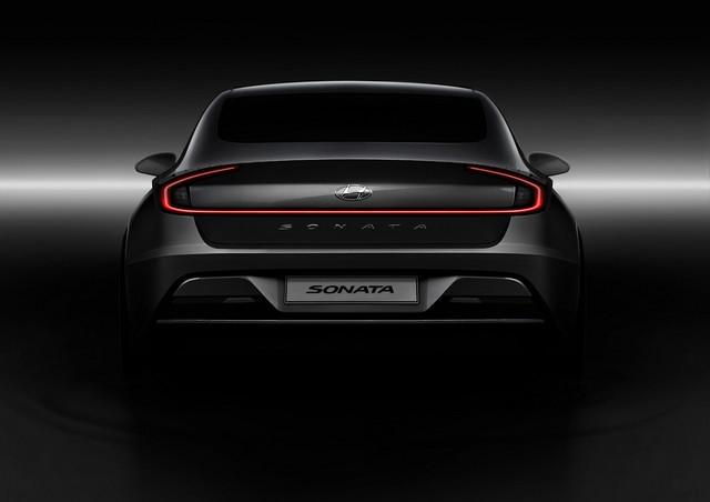 Người dùng trên tay nhanh Hyundai Sonata 2020 vừa ra mắt - Đối thủ tầm cỡ của Toyota Camry thế hệ mới - Ảnh 12.