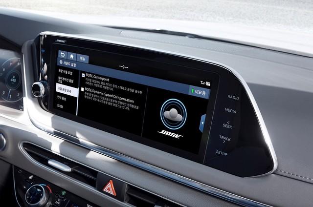 Người dùng trên tay nhanh Hyundai Sonata 2020 vừa ra mắt - Đối thủ tầm cỡ của Toyota Camry thế hệ mới - Ảnh 18.