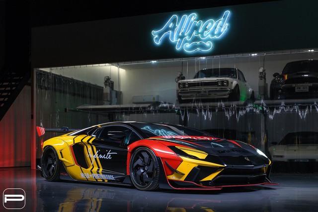 Mua nhanh kẻo lỡ, Lamborghini tính giới hạn sản lượng Urus vì... bán quá chạy - Ảnh 1.
