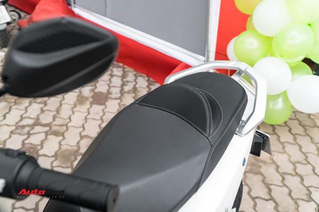 38 km trải nghiệm xe máy điện Pega Newtech: Đủ bộc lộ rõ ưu nhược điểm của xe tự xưng 'sát thủ tay ga' - Ảnh 5.