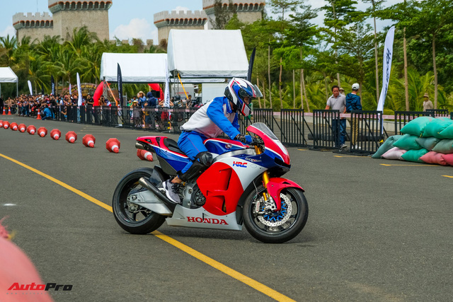 Những hình ảnh đáng nhớ của hơn 145 biker trên cả nước khuấy động ngày hội mô tô Honda - Ảnh 13.