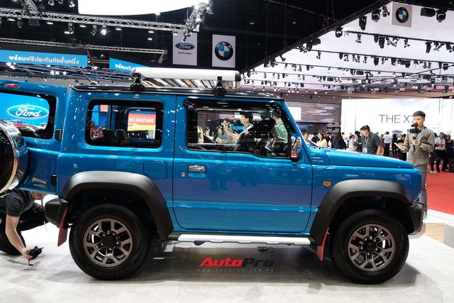 Hàng hot Suzuki Jimny ra mắt Thái Lan với mức giá không thể chát hơn, vạch tương lai mờ mịt ở Việt Nam - Ảnh 2.