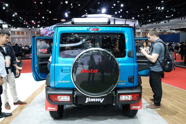 Hàng hot Suzuki Jimny ra mắt Thái Lan với mức giá không thể chát hơn, vạch tương lai mờ mịt ở Việt Nam - Ảnh 3.