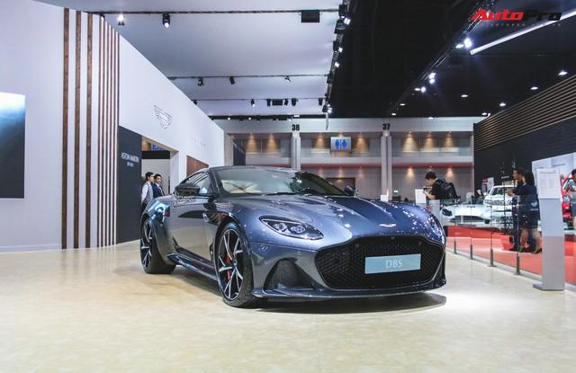 Aston Martin DBS Superleggera 2019 xuất hiện tại Bangkok, Ferrari trong khu vực run sợ đi là vừa! - Ảnh 1.