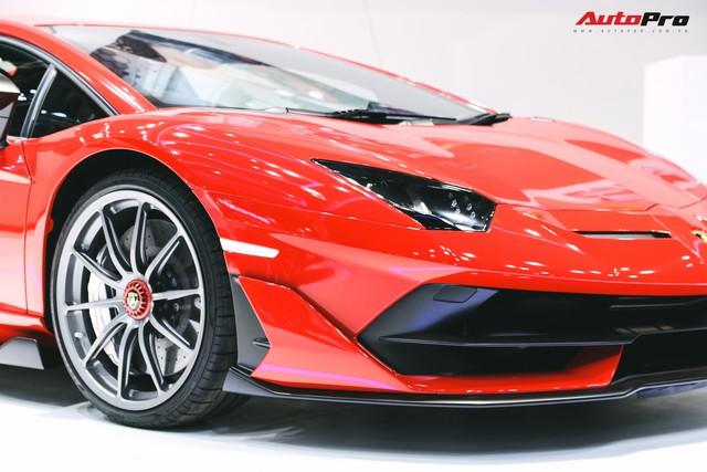Lamborghini Aventador SVJ chính thức chào ĐNÁ - Lời ngỏ tới đại gia Việt - Ảnh 7.