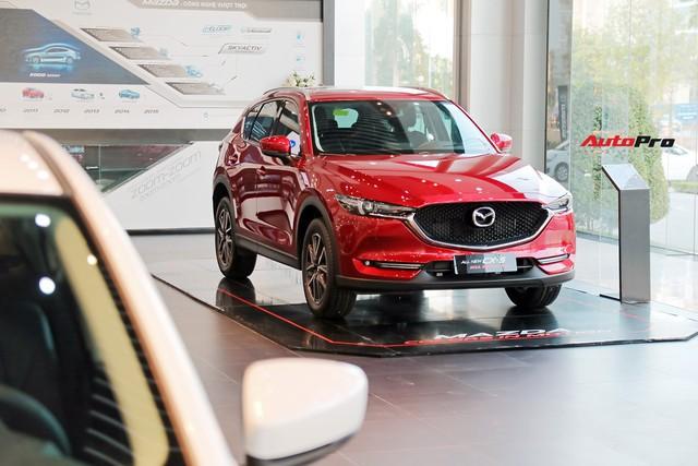 Mazda CX-5 và Honda CR-V đua giảm giá sốc tại đại lý, nhiều nhất 70 triệu đồng - Ảnh 3.