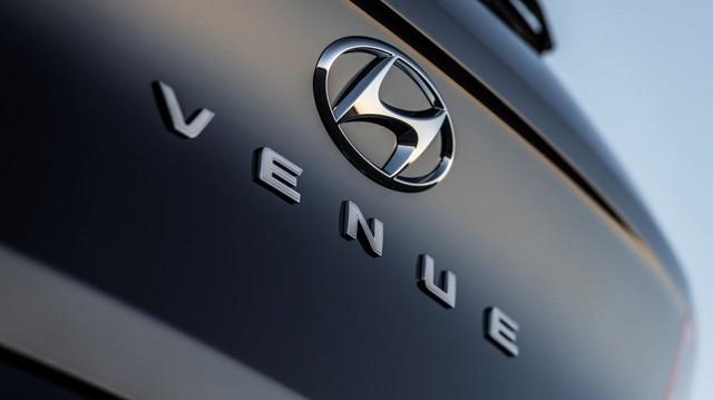 Hyundai chốt tên crossover nhỏ nhất là Venue - Đàn em Kona ra mắt trong tháng 4