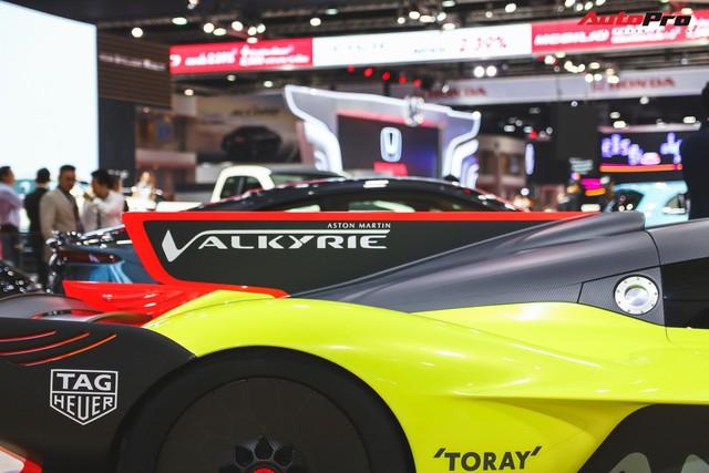 Trên tay Aston Martin Valkyrie AMR Pro 1.100 mã lực - Xứng đáng siêu phẩm - Ảnh 9.