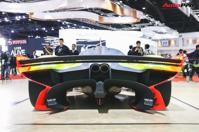 Trên tay Aston Martin Valkyrie AMR Pro 1.100 mã lực - Xứng đáng siêu phẩm - Ảnh 12.