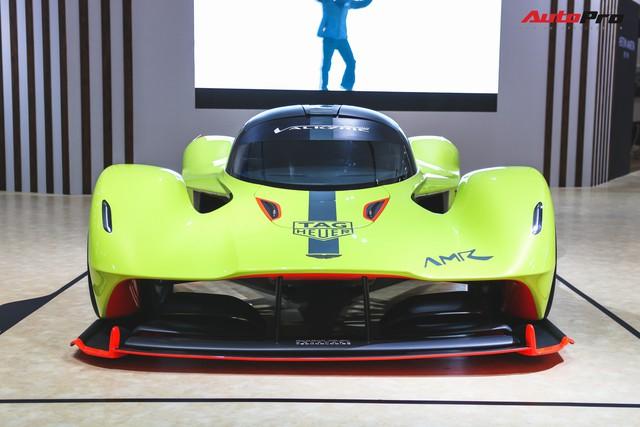 Trên tay Aston Martin Valkyrie AMR Pro 1.100 mã lực - Xứng đáng siêu phẩm - Ảnh 5.