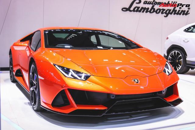 Lamborghini Huracan Evo khoe dáng Thái Lan, thu hút đại gia Việt - Ảnh 1.
