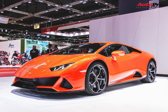 Lamborghini Huracan Evo khoe dáng Thái Lan, thu hút đại gia Việt - Ảnh 3.