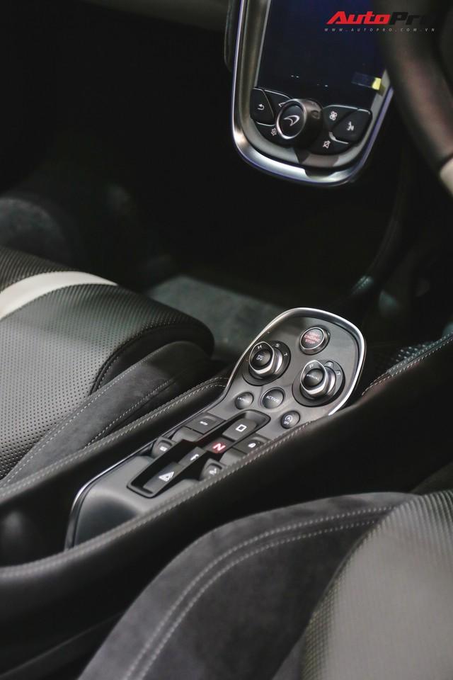 Không chỉ 720S Spider, McLaren còn mang tới chiếc siêu xe mui trần này - Ảnh 8.