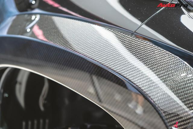 Cận cảnh Mitsubishi Triton Absolute Concept đối đầu Ford Ranger Raptor - Ảnh 7.